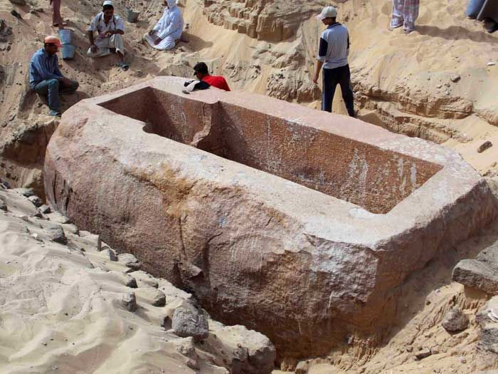 Image: The immense royal quartzite sarcophagus of Sobekhotep I. The tomb of the Egyptian pharaoh King Sobekhotep I, believed to be first king of the 13th Dynasty (1781BCE-1650BCE), has been discovered by a team from the University of Pennsylvania at Abydos in Middle Egypt, 500km south of Cairo.
