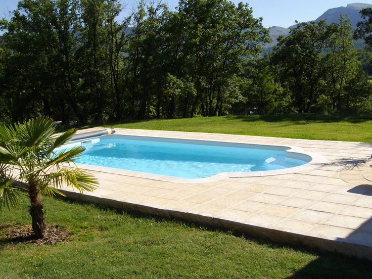1000 id es sur le th me piscine coque sur pinterest spa for Construction piscine 76