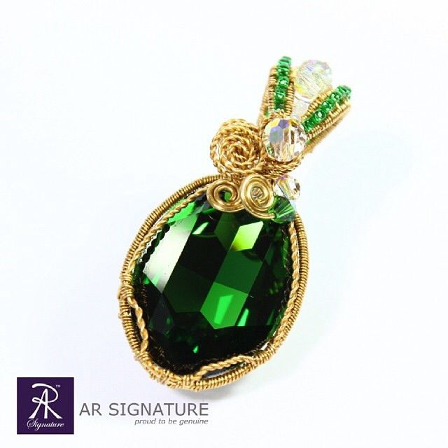 www.arsignature.com  Bells of Ireland -- colour: dark moss green  Made with genuine Swarovski elements and 18k gold plated wire.  Made with passion & perfection.  AR Signature, Proud to be Genuine