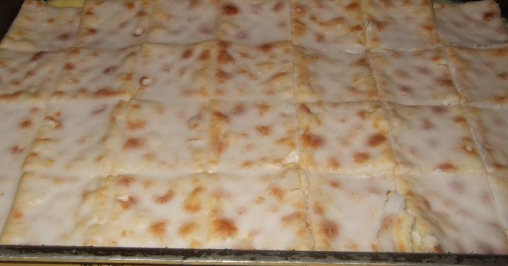 This is a favorite dessert in the Mackrory family. Try it out and you will see why! 1 packet Saltine crackers 1 can condensed milk 3 cans (u...