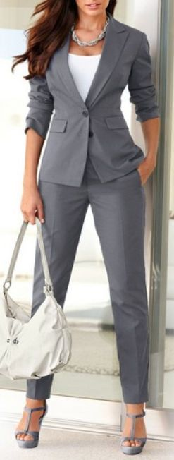 Chic Professional Woman Work Outfit. ...
