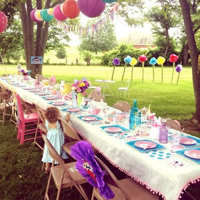 Outdoor birthday parties outdoor birthday and party ideas for Backyard party decoration ideas