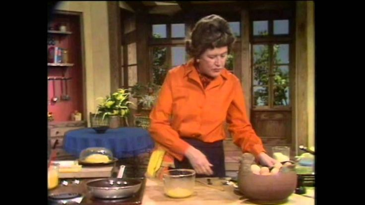 This is how I make the best omelets. -> Julia Child makes an omelet
