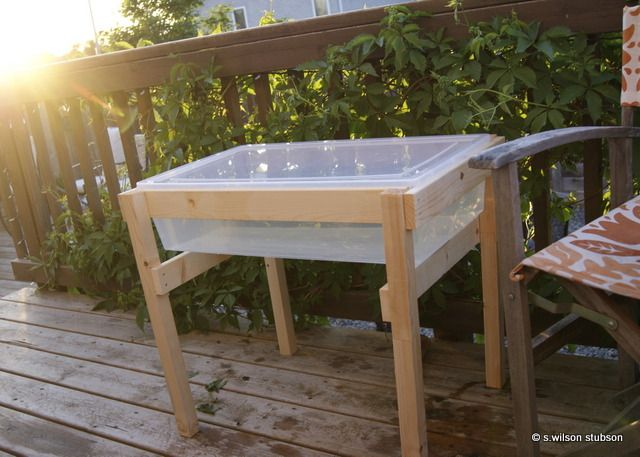 W.E.S.T | Winnipeg Etsy Street Team: DIY: $20 water play table **Put another box on bottom to store sand toys