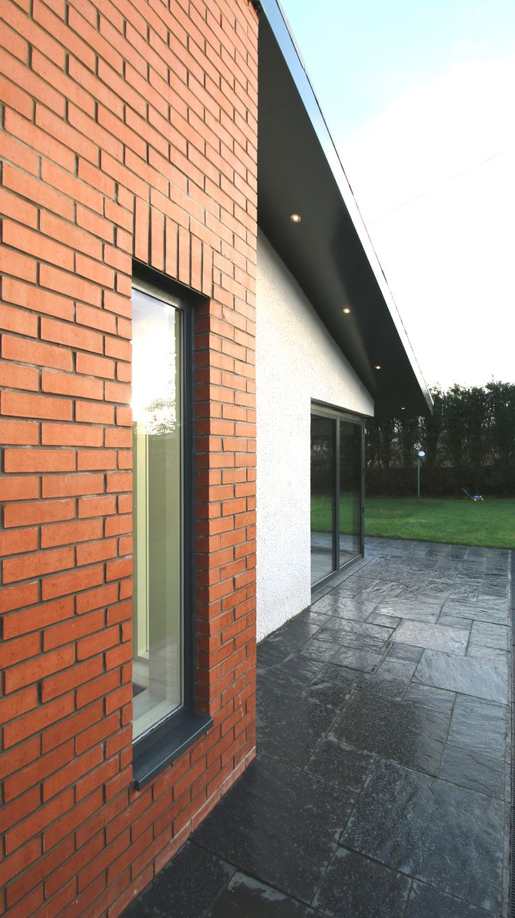 red bricks. house extension in Cambuslang Glasgow