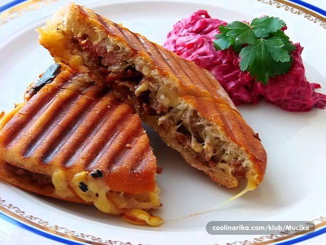 Kıymalı Tost /nadjeveni stari kruh /tost — Coolinarika