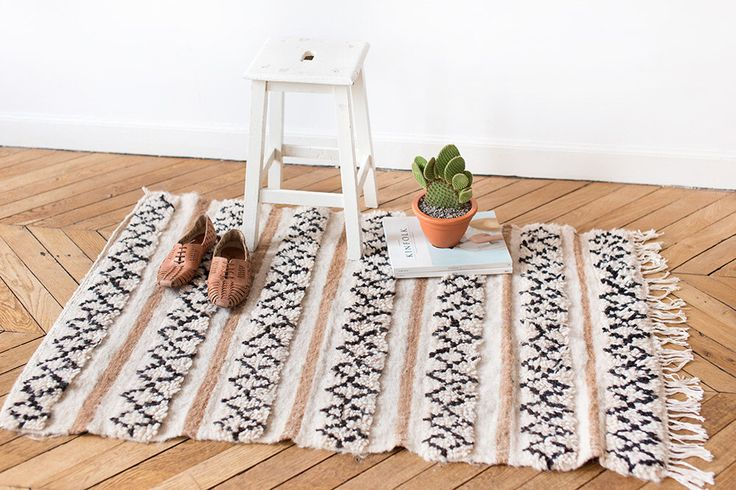 """Marokkaanse wol tapijt, """"De Luca,"""" Berber tapijt, crème tapijt, wol tapijt, handgeweven tapijt, Boheemse Decor, Boho tapijt, badkamer tapijt, kleine tapijt, kwekerij door LoomAndField op Etsy https://www.etsy.com/nl/listing/486319919/marokkaanse-wol-tapijt-de-luca-berber"""