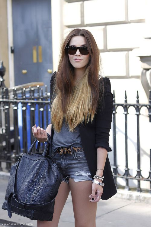 black blazer + leopard belt-casual & cute!