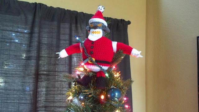 Love it!~ Mostly Nerdy Crochet: Futurama Robot Santa Pattern