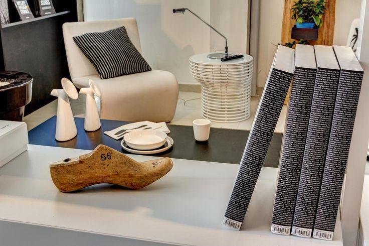 Protagonista di questa foto è il marchio BONALDO, presente nel nostro showroom di Pistoia // Interni Mood 039 - Pistoia