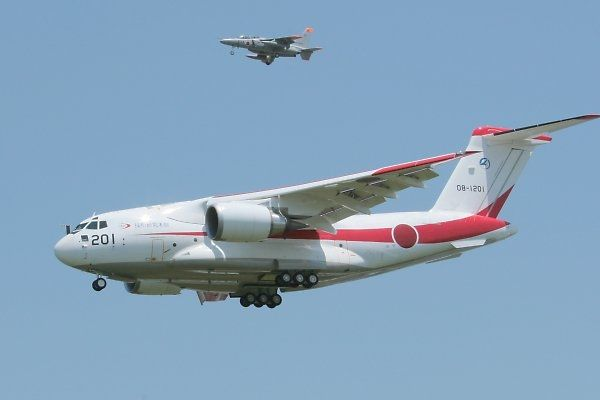 Kawasaki XC-2 is an advanced military transport aircraft designed and being manufactured by Japan-based Kawasaki Heavy Industries (KHI). Image courtesy of hvhv. - Image - Airforce Technology