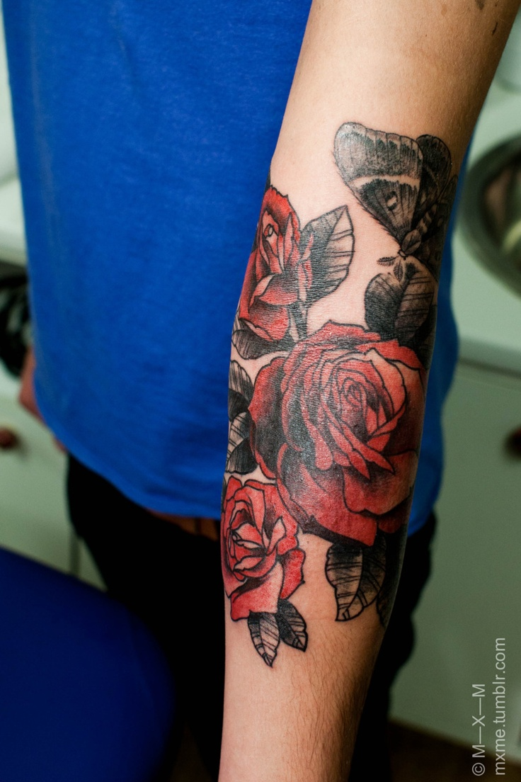 198 besten rose tattoos bilder auf pinterest rosentattoos tattoo ideen und tattoo liebe. Black Bedroom Furniture Sets. Home Design Ideas