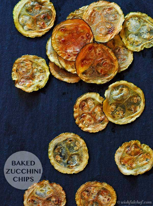 Baked Zucchini Chips – Super Healthy with only 3 Ingredients // wishfulchef.com