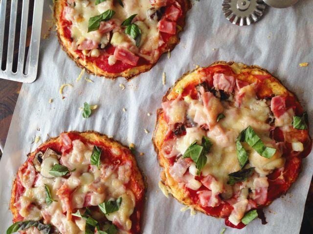 Květáková pizza místo vejce hraška, místo sejra Gary :D
