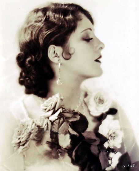 Billie Dove (1903-1987) - American actress. Started in the Ziegfeld Follies and moved on the shine in Hollywood.