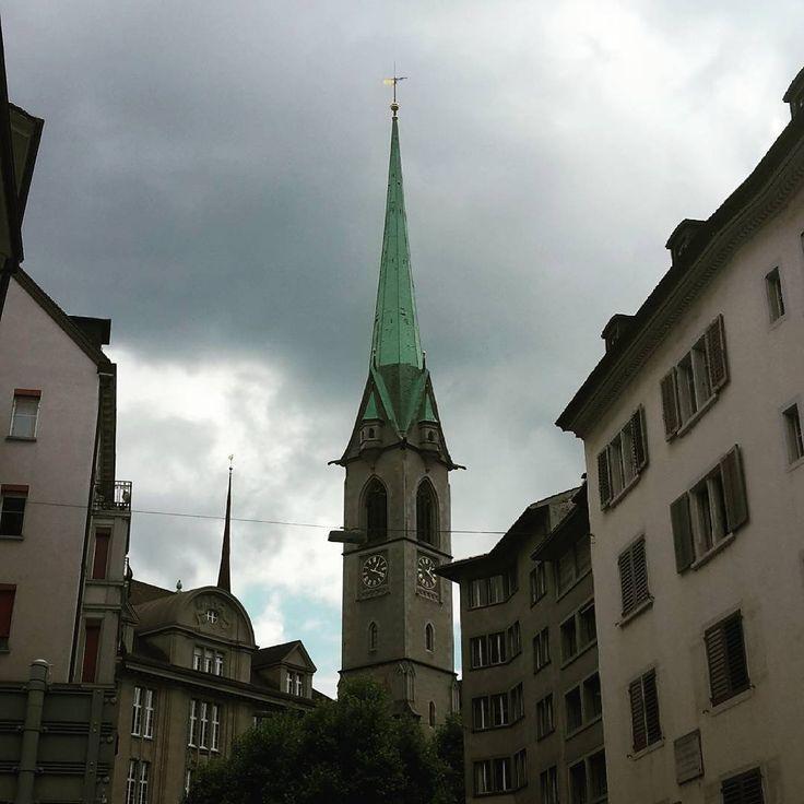 #Zurich gris. Nos tocó día nublado pero mañana promete solcito! 🤗