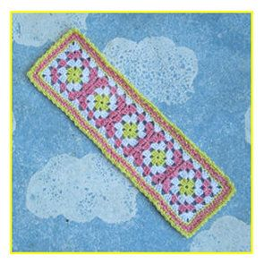 Free downloadable pattern / pictorial for making this classic thread granny square bookmark. http://crochetnirvana.weebly.com/1/post/2013/08/working-with-thread-granny-square-bookmark-tutorial.html