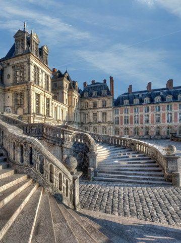 Pays de Fontainebleau District, Fontainebleau Castle, approx 70kms south of Paris, France