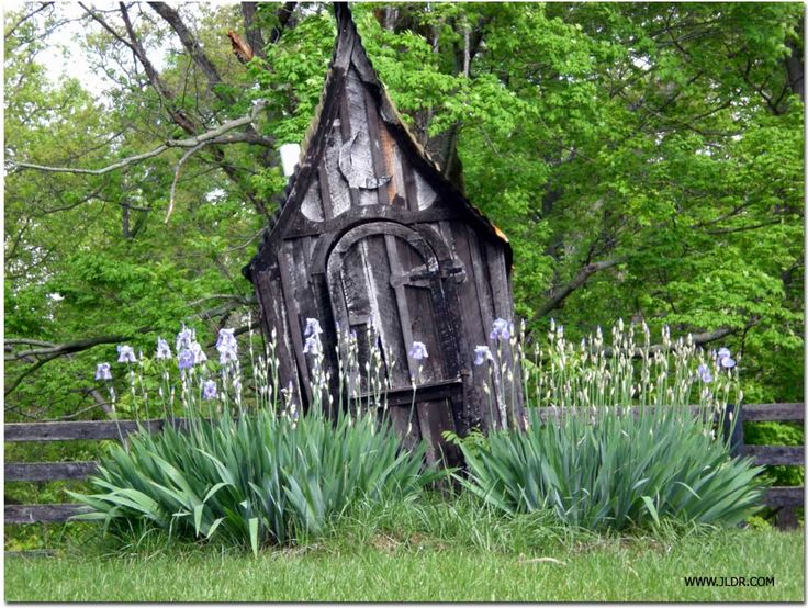 oldham county kentucky outhouse witchs gardengarden shedsouthouse - Garden Sheds Oldham