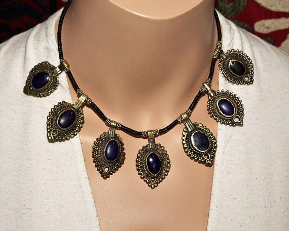 Tribal Halskette mit blauen Schmuckelementen Tribalkette