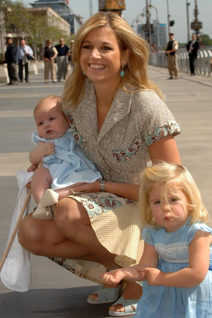 (Then) Princess Maxima with her 2 daughters Amalia and Alexia
