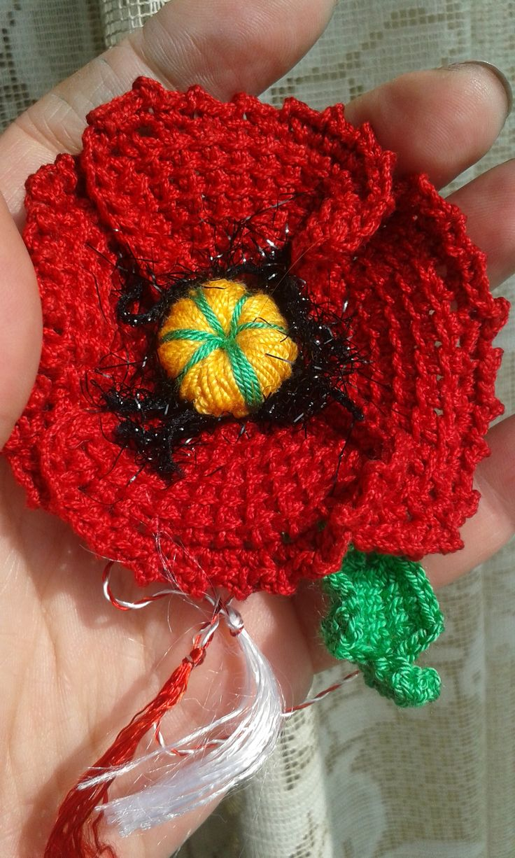 Martisor; tunisian crochet