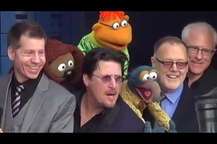 """The Muppets Most Wanted"" Hollywood premier. Muppets and their Muppeteers. #muppets #puppets #muppeteers #kermit"