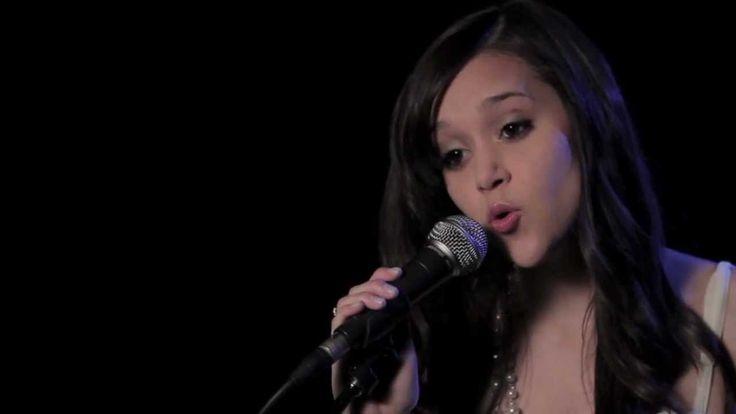 Call Me Maybe - Carly Rae Jepsen (cover) Megan Nicole<<Aspetto Tua telefonata!>>