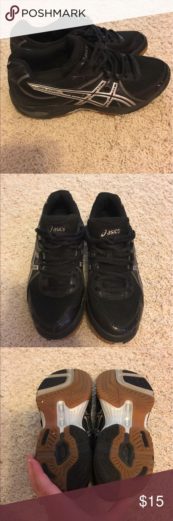 Black asics gel sneakers Black asics gel volleyball sneakers with silver logo. Size 8 excellent used condition. Asics Shoes Sneakers