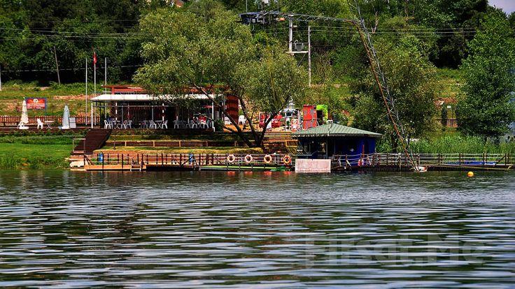 Sapanca Gölü Kartepe Sukay Park'ta Göl Manzarası Eşliğinde Serpme Kahvaltı Keyfi! Sapanca Gölü'nün yanı başında Kartepe Sukay Park'ta bir tarafında kartepe, bir tarafında maşukiye, bir tarafında samanlı sıra dağları ve orman manzarası eşliğinde Serpme Kahvaltı keyfine ne dersiniz?