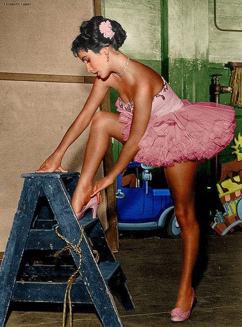 Teenage Elizabeth Taylor in a pink tutu