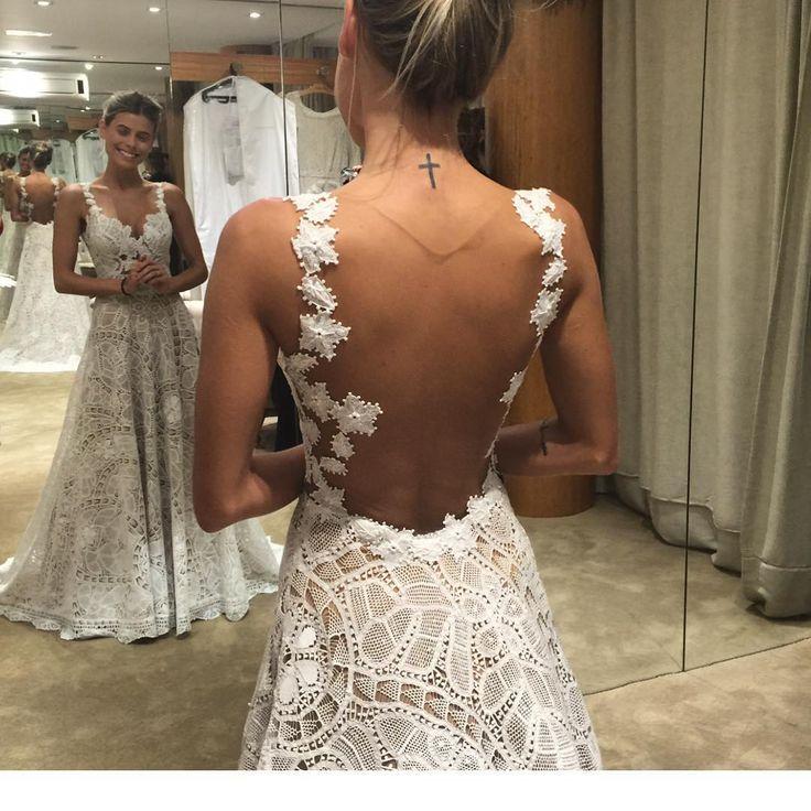 Vestido de noiva em renda renascença. Martha Medeiros