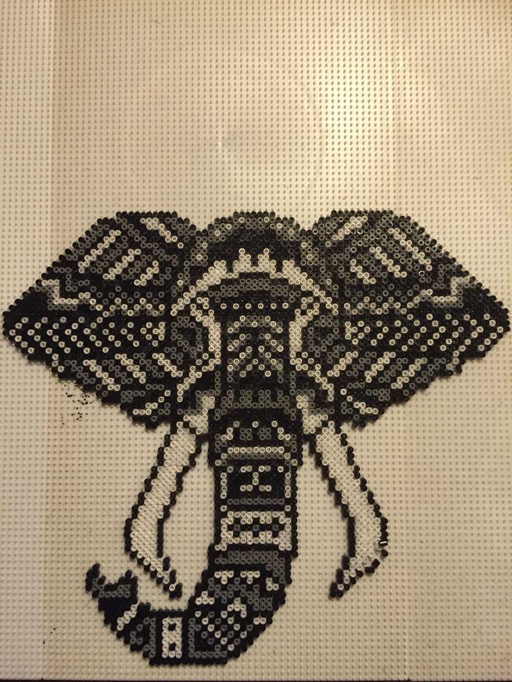 Elefant sort hvid grå mini Made by Sisse Nielsen