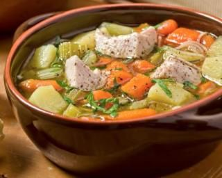 Soupe à la dinde et légumes minceur