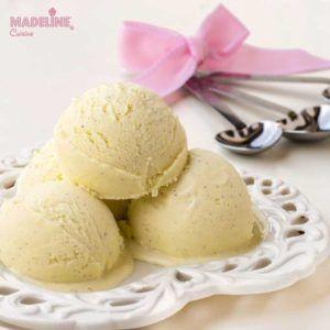 Inghetata de vanilie / Vanilla ice cream - Madeline's Cuisine