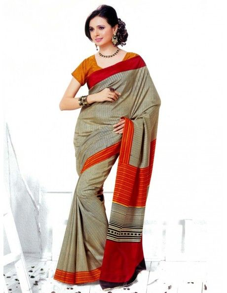 Laudable Beige Saree http://www.bharatplaza.com/womens-wear/sarees/traditional-saree.html