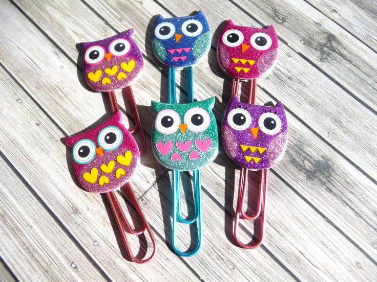 NEW! 6 Glitter Owls Decorative Paper Clips - Bookmarks - Party Favors - Scrapbook Cardmaking Embellishments by niknaxbyArlana on Etsy https://www.etsy.com/listing/205742239/new-6-glitter-owls-decorative-paper