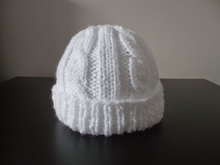 marianna's lazy daisy days: Cabled Baby & Toddler Hats