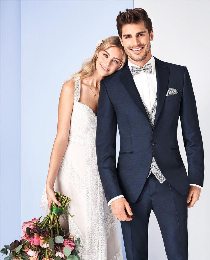 #TZIACCO #hochzeitsliebe #hochzeitsanzug #anzug #suit #Royal #TrendLine #Hochzeitsavantgarde #Uniform #jungeMode #Event #Konzert #Gala #Gehrock #tailcoat #Trend #Inspiration #trends2018 #wedtime #ootd #love #fotoshooting #suit #suitup #hochzeitsanzug #wedding #weddingsuit #groom #bräutigam #hochzeitslook #wedtime #weddingtime #wedding #hochzeit #hochzeitslook #hochzeitsmode #hemd #new #menswear #jungemode #retro #feelitloveit #Herbst #Winter #detailverliebt
