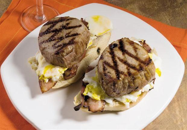 Sándwiches de peceto, panceta y mayonesa de papa  Sándwiches con mayonesa de papa.         Foto:Alfredo Willimburgh