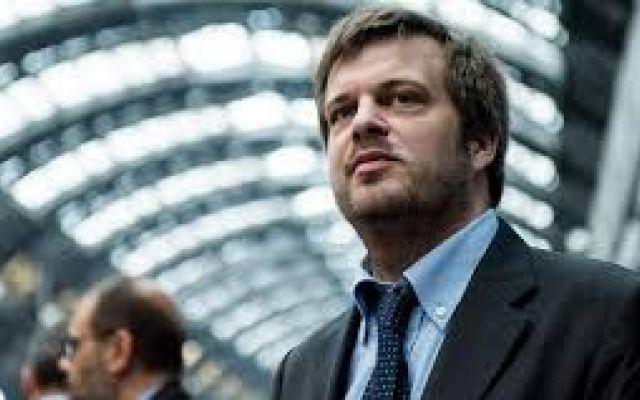 """Majorino su Milano: """"Il centrodestra somiglia al centrosinistra di 15 anni fa"""" Secondo il capolista del Pd alle prossime elezioni comunali la sua area politica sbagliava quando, per mancanza di idee, attaccava le persone. Lo stesso farebbe oggi la coalizione di Parisi.  Un cr"""
