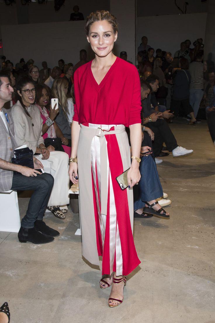 Como solo Olivia Palermo podría hacerlo, ¡dos faldas en un mismo look!