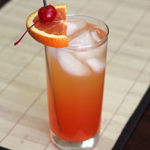 Georgia Pie drink recipe with Southern Comfort, peach schnapps, Malibu Rum, orange and pineapple juice and grenadine.
