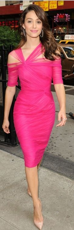 lady in gorgeous pink dress and heels!! <3 pink!: Monique Lhuillier, Fashion, Style, Dresses, Hot Pink, Emmy Rossum, Emmyrossum, Pink Dress