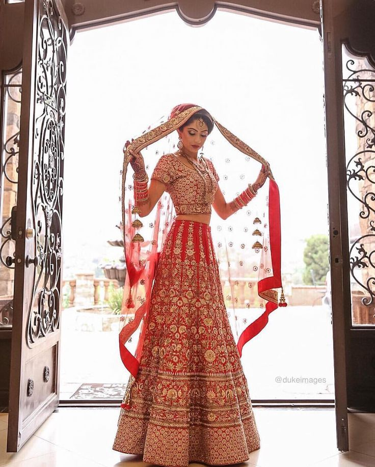 Imagini pentru indian wedding dress