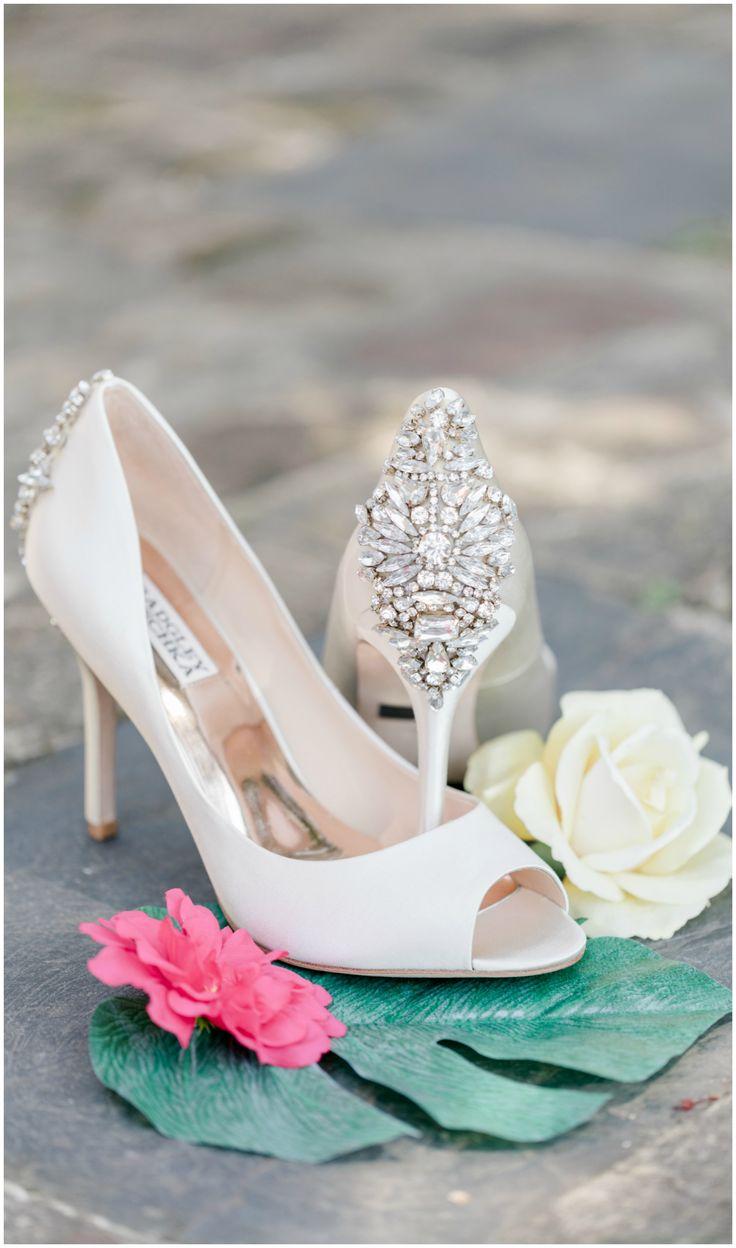 Badgley Mischka Wedding Shoes High Heels Peep Toe Diamond Cream