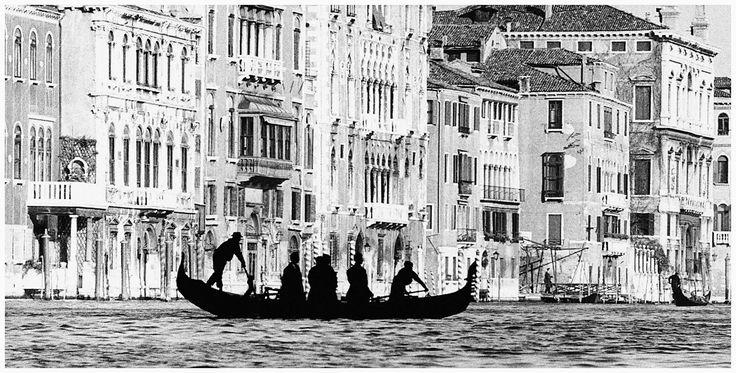 Venezia, traghetto di San Tomà, 1959