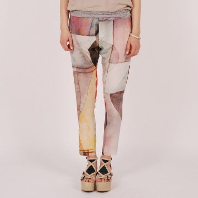 Of all the printpants circling around these are the only ones I would even consider (legs aren't supposed ti be printed) although one might look like one peed oneself.