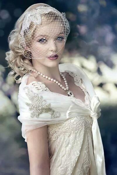 ビンテージなウェディングなら大粒パールペンダントがぴったり♪ 結婚式に付けたい花嫁のネックレスまとめ。ウェディング・ブライダルの参考に☆