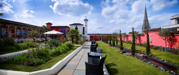 The Roof Gardens - Spanish Garden - London